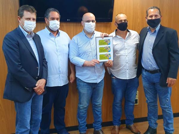 Secretaria Estadual de Turismo recebe proposta para divulgação nacional do Rio Grande do Sul